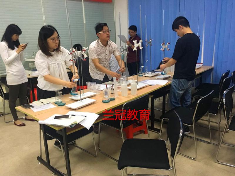 3月上海食品检验员培训班培训学习